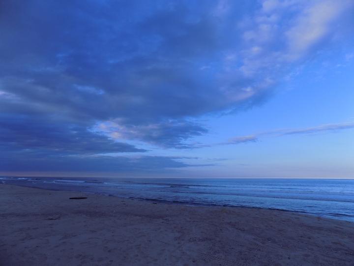 5917 Orleans Beach and Sky