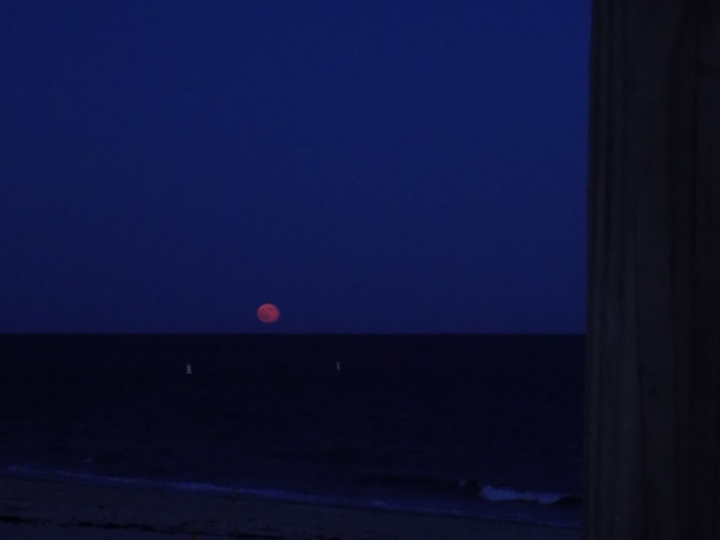 070917 Rising Moon